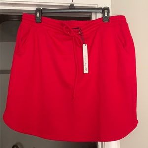 Dresses & Skirts - NWT Comfy red skirt